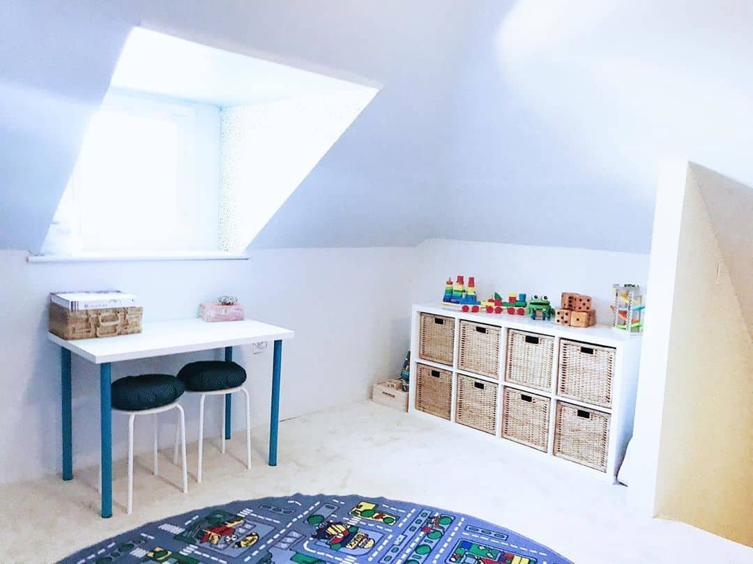 combine light colors with natural light in your kids playroom