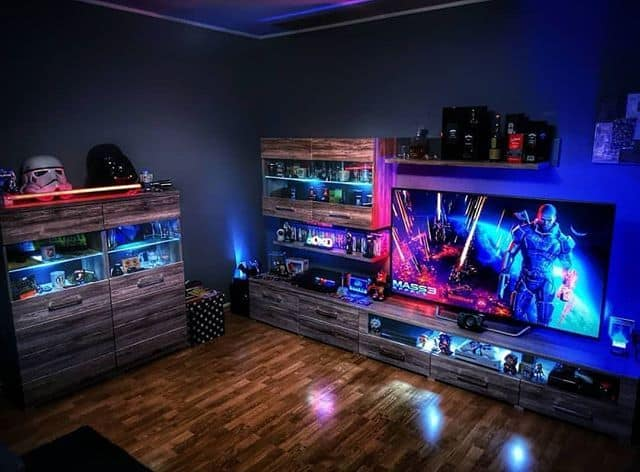 highlight your collectibles in your attic game room